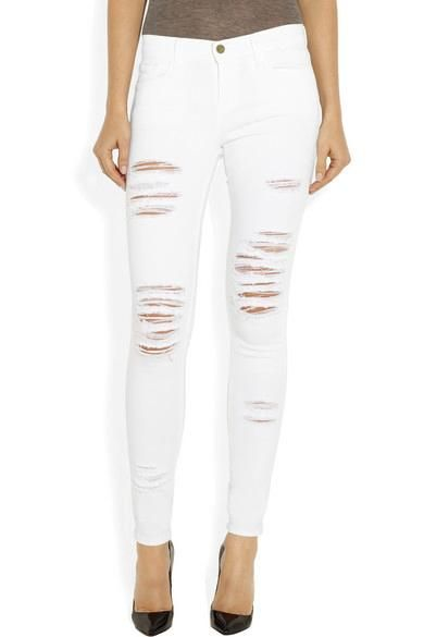 Additionally, you can choose to get ripped skinny jeans for women or go with a looser, more casual fit like boyfriend jeans or mom jeans. Having so many options guarantees that you'll be able to find a fit that looks great and is most comfortable for you.